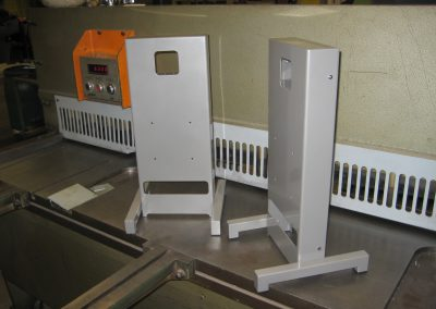 Bureau opstelling in staal tbv TFT en camera
