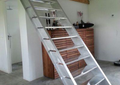 Designtrap in aluminium