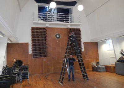 Plaatsing klok omroepmuseum