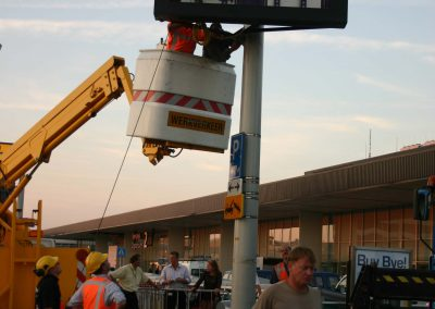 magink at Schiphol with Ad matrixbord 2006